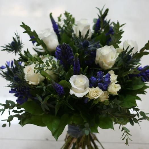 Букет из розы, гиацинта и вероники: букеты цветов на заказ Flowwow