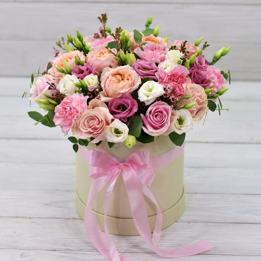 Шляпная коробка Вивьен: букеты цветов на заказ Flowwow