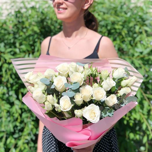 Белоснежная роза: букеты цветов на заказ Flowwow
