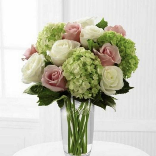 Hydrangea and roses: flowers to order Flowwow