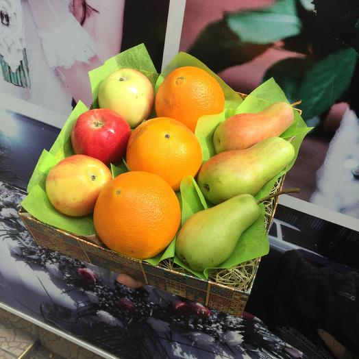 Коробка с фруктами: букеты цветов на заказ Flowwow