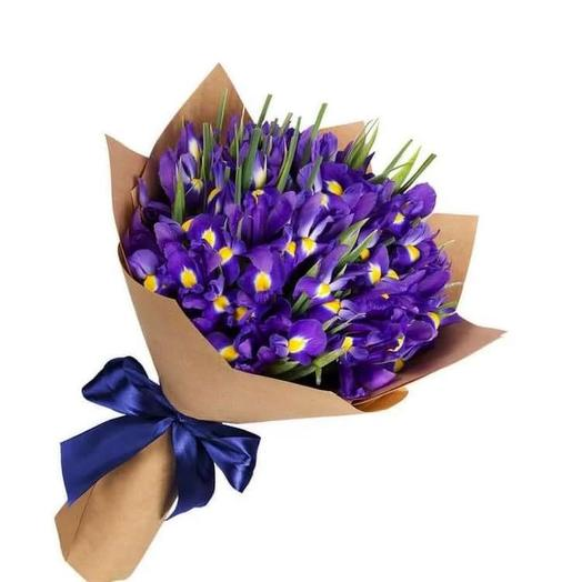 39 ирисов: букеты цветов на заказ Flowwow