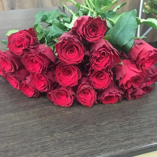 Роза  красная 11шт