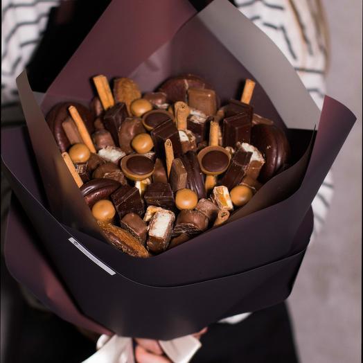 Сладкий букет из шоколада