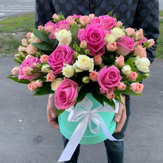 Шляпная коробка сборная из роз