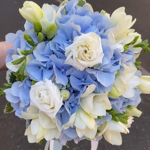 Голубое облако букет невесты