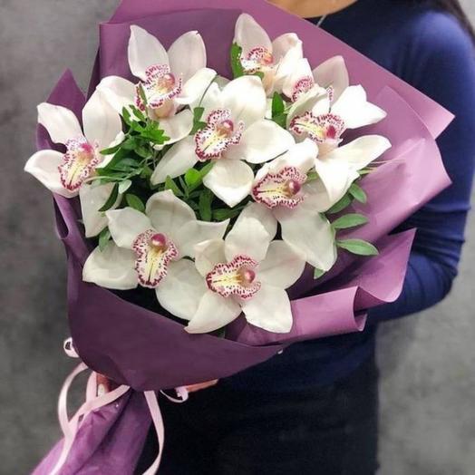 Монобукет из орхидей