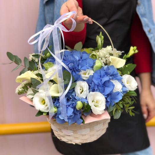 Корзина с цветами 2