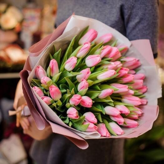 """Букет из 31 розового тюльпана """"Нежность"""""""