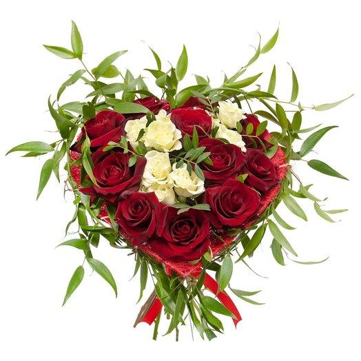 Букет на каркасе Моё сердце: букеты цветов на заказ Flowwow