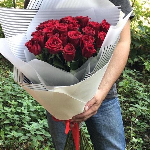 Ред Наоми 25: букеты цветов на заказ Flowwow