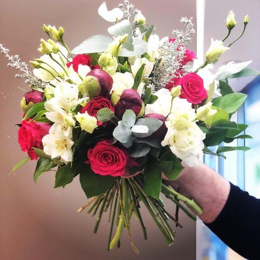 Покорить без слов: букеты цветов на заказ Flowwow