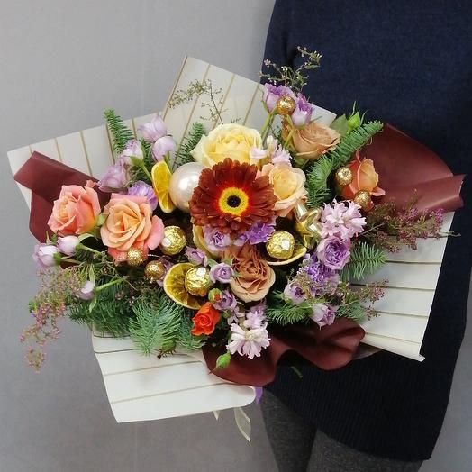 Современный зимний букет: букеты цветов на заказ Flowwow
