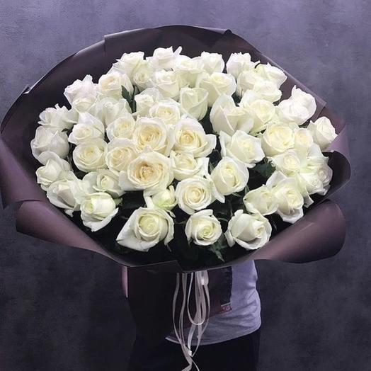 Белоснежные Розы в шоколадной упаковке