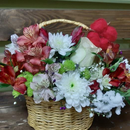 Корзинка из микса цветов: букеты цветов на заказ Flowwow