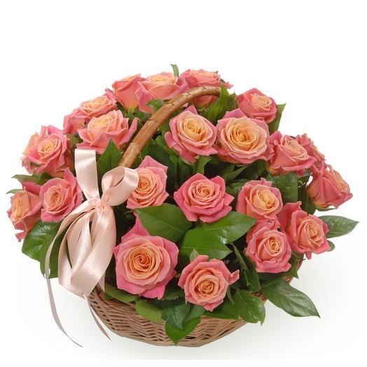 Корзина нежных роз