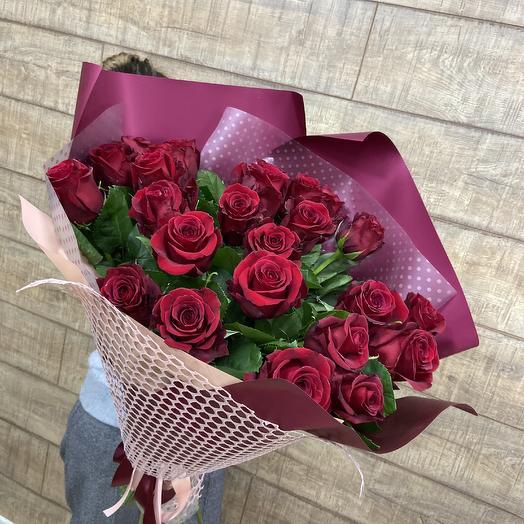 Огромный букет шикарных роз: букеты цветов на заказ Flowwow
