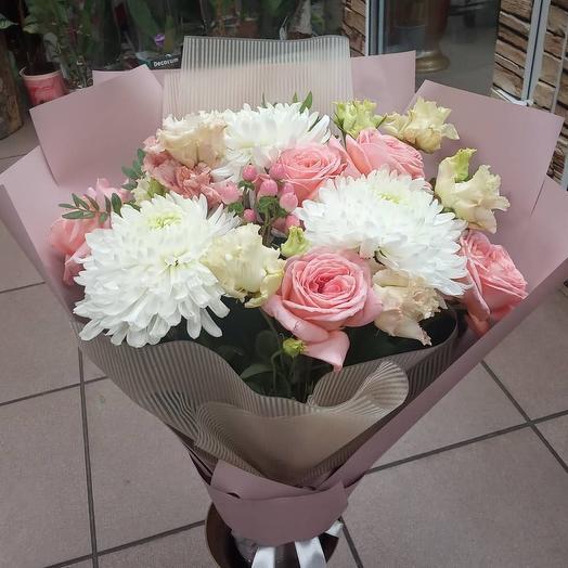 Трио: букеты цветов на заказ Flowwow