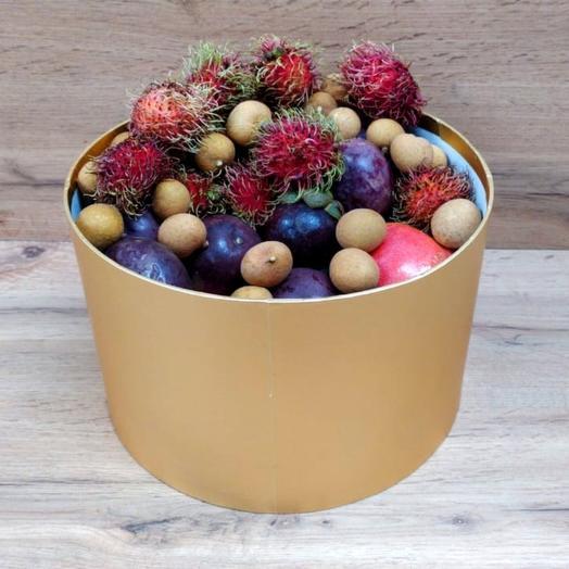 Ассорти в шляпной коробке (4 кг): букеты цветов на заказ Flowwow
