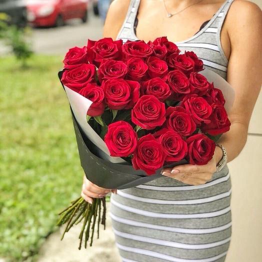 Монобукет из шикарнейших красных роз