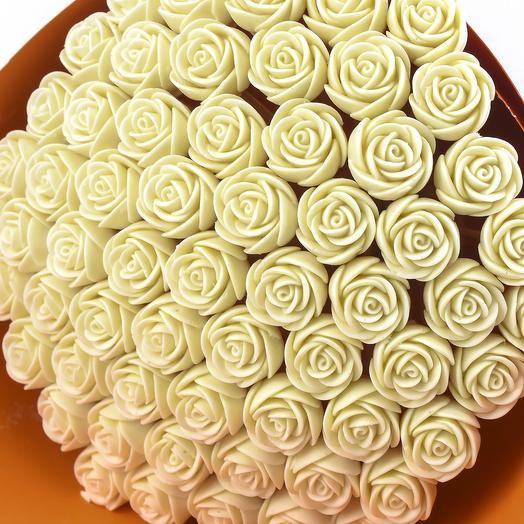 Букет из 61 шоколадной розы B61-O-B