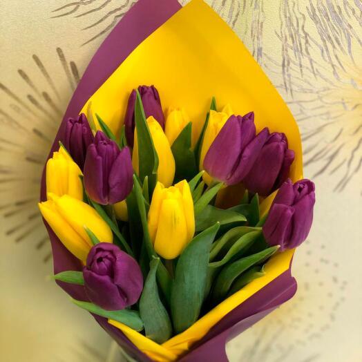 Букет из 15 тюльпанов Весна