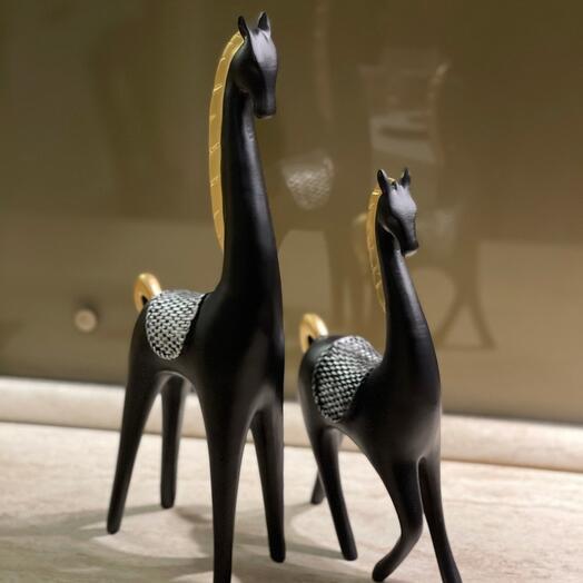 Статуэтки Пара чёрных лошадей