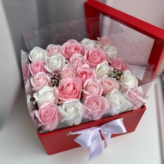 Цветы в коробке аквариум мыльные Розы