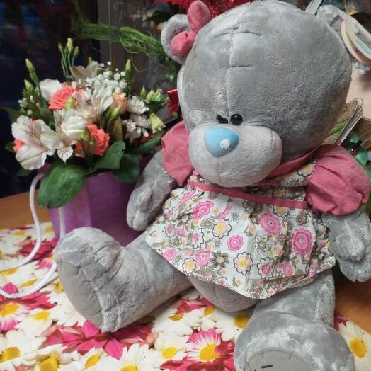 Медведь Тедди в платье