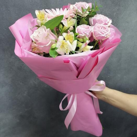 Комплимент с герберой, розой пионовидной