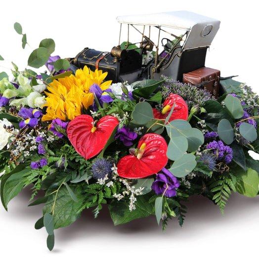 Машина подана: букеты цветов на заказ Flowwow