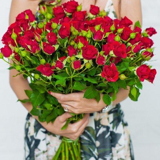 19 кустовых красных роз: букеты цветов на заказ Flowwow