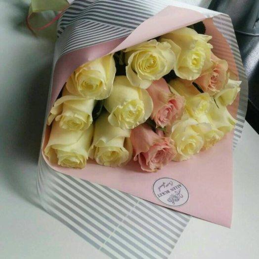Микс из 15 роз: букеты цветов на заказ Flowwow