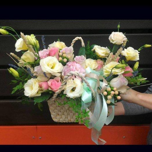 Ванильно-ягодная корзина: букеты цветов на заказ Flowwow