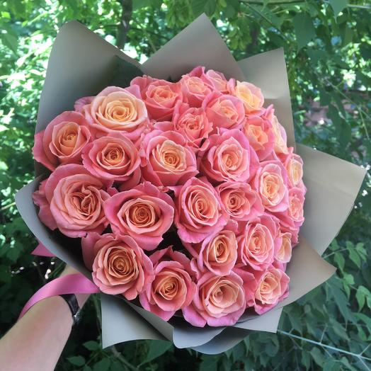 23 роз Мисс Пигги  готовый букет: букеты цветов на заказ Flowwow