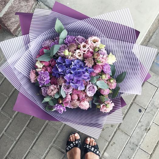 Лунный: букеты цветов на заказ Flowwow