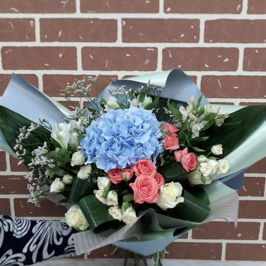 Безумно красивый: букеты цветов на заказ Flowwow