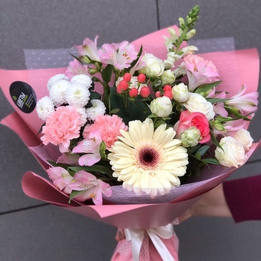 На праздник: букеты цветов на заказ Flowwow