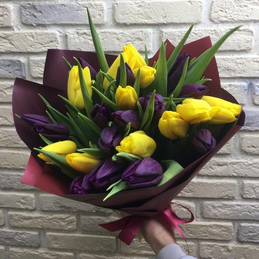 25 tulips: букеты цветов на заказ Flowwow