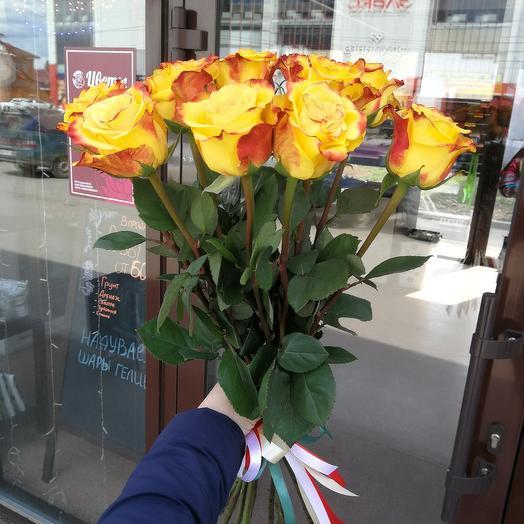 Монобукет жёлтых роз: букеты цветов на заказ Flowwow