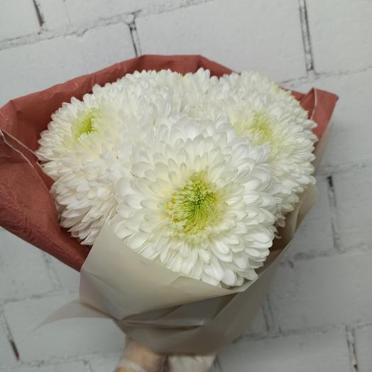 Охапка хризантем: букеты цветов на заказ Flowwow