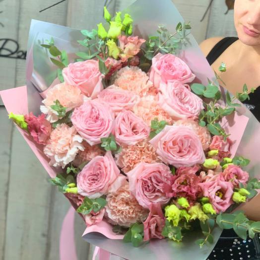 Букет с пионовидными розами и эустомой «Just pink»
