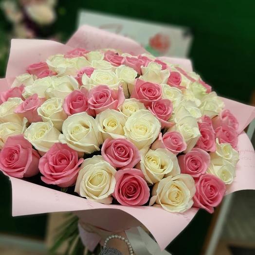 55 пастельных роз