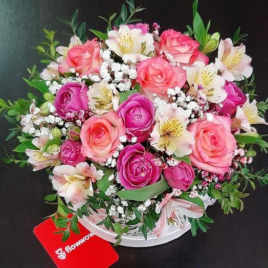 Цветы в шляпной коробочке