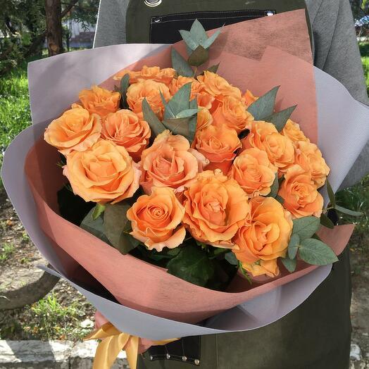 """21 роза """"Карпе Дием"""" в дизайнерской упаковке"""