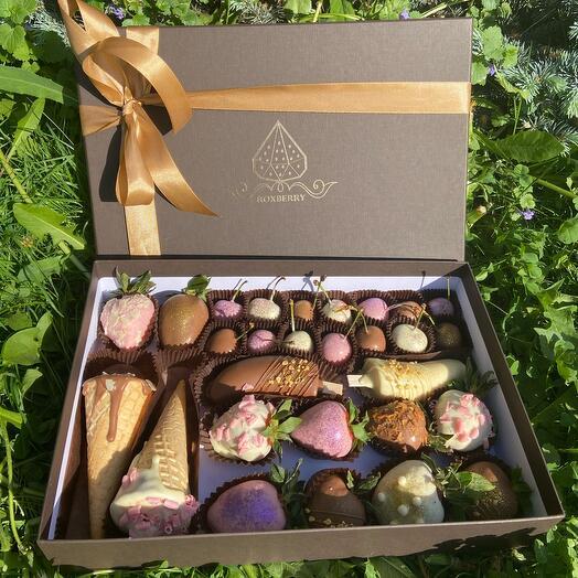 Подарочный набор Roxberry с черешней в коричневой коробке