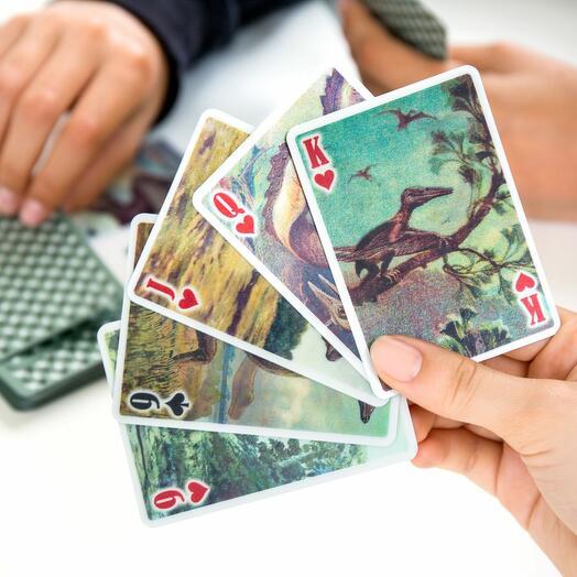 Игральные карты 3-D с динозаврами Kikkerland