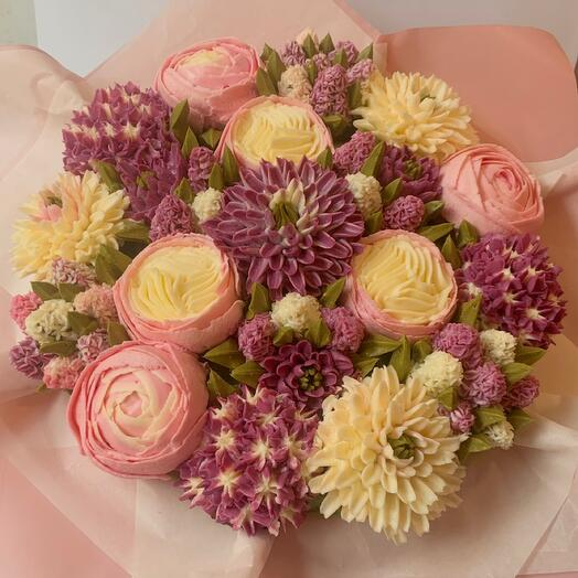 A DELICIOUS BOUQUET OF 19 FLOWER CUPCAKES