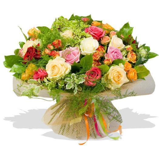 Букет цветов Красота роз: букеты цветов на заказ Flowwow