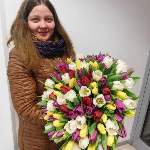 Букет 101 тюльпан: букеты цветов на заказ Flowwow